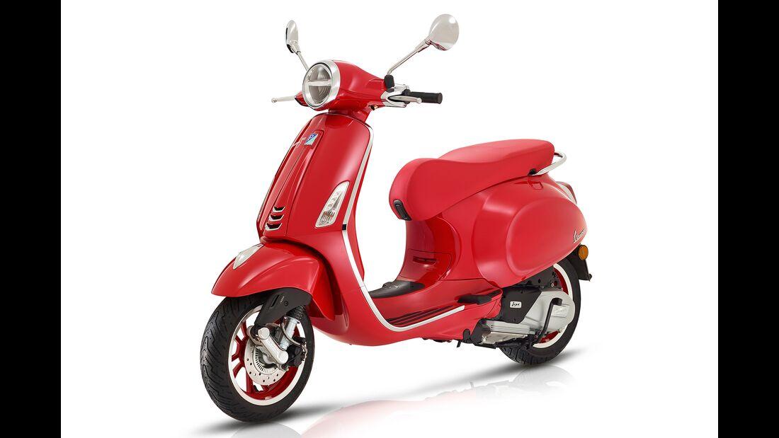 Vespa Primavera Red.