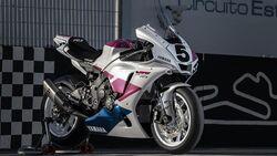 Yamaha R1 Fabrizio Pirovano