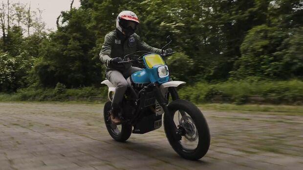 Yamaha XSR TT 700 von Capelos Garage und Elemental Rides.