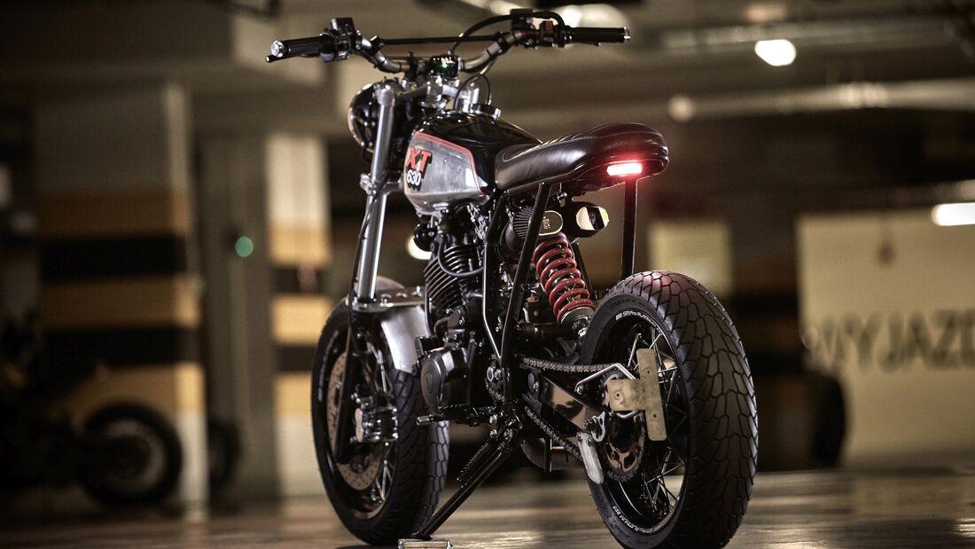 Yamaha XT 600 Custom 86 Gear