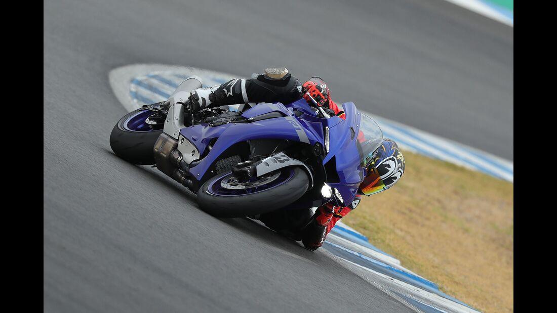 Yamaha YZF R1 Fahrbericht Tobias Münchinger