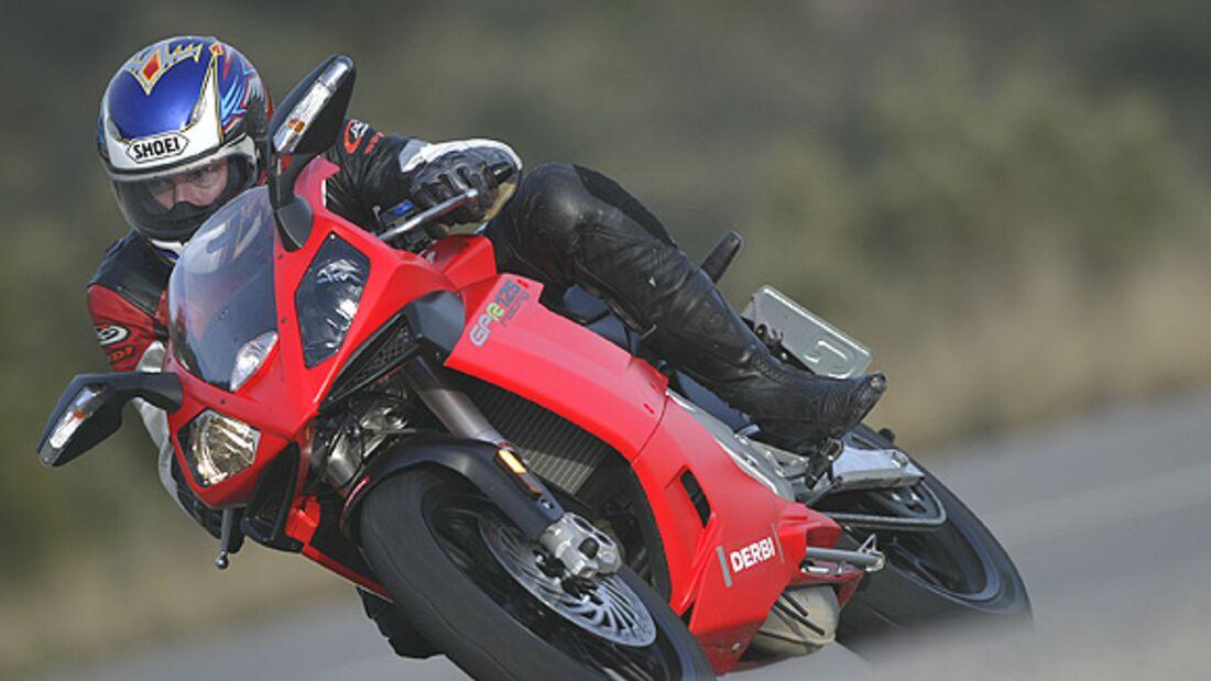 Test: Derbi GPR 125 Racing   MOTORRADonline.de