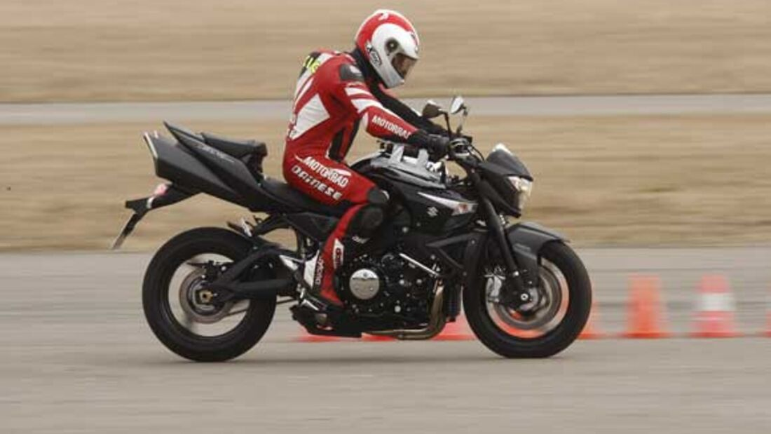 Fahrbericht Suzuki B-King | MOTORRADonline.de