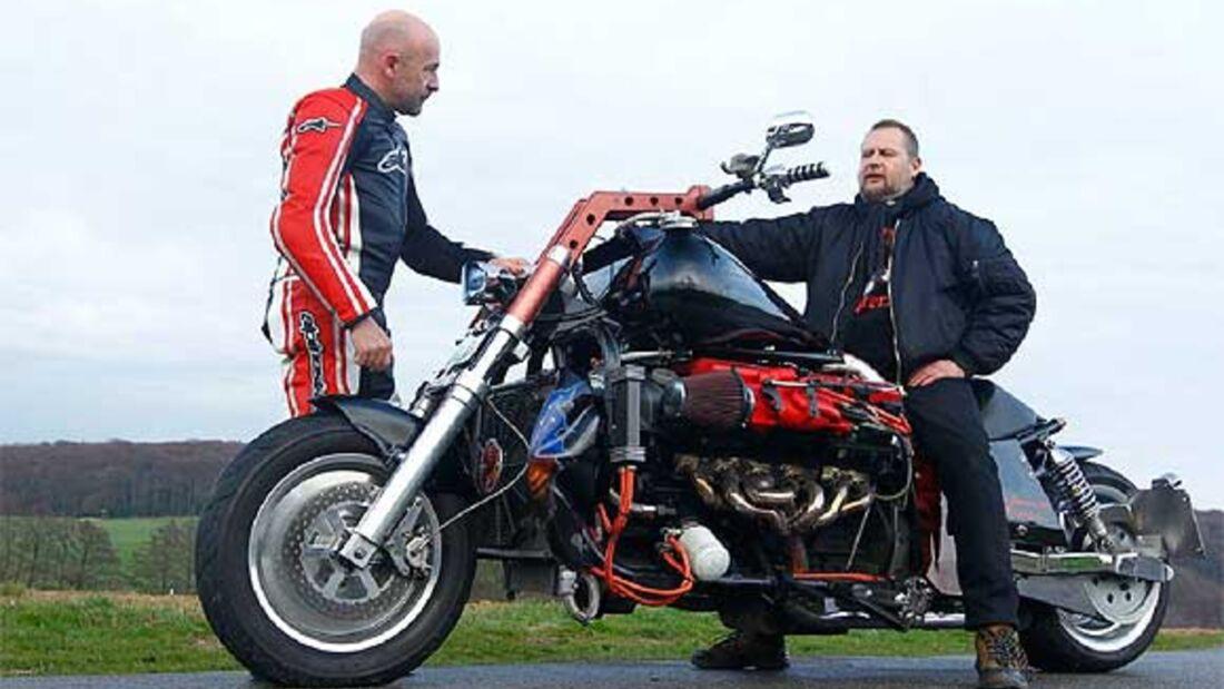 Ohle-Eigenbau: Motorrad mit Aston Martin-V12