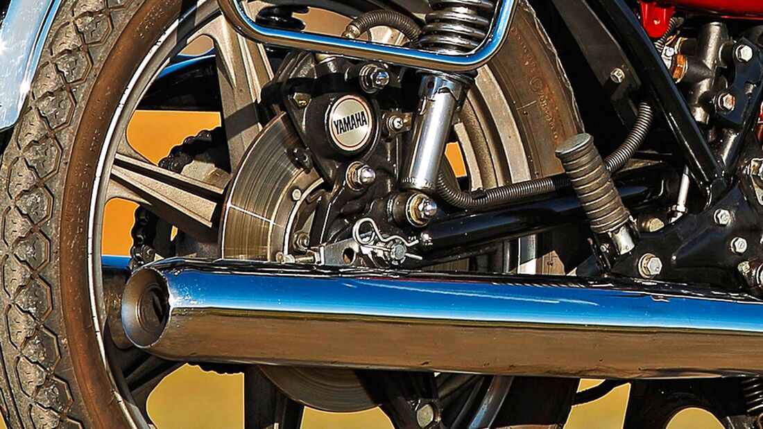 Kawasaki KH 400, Yamaha DT 400, Yamaha RD 400
