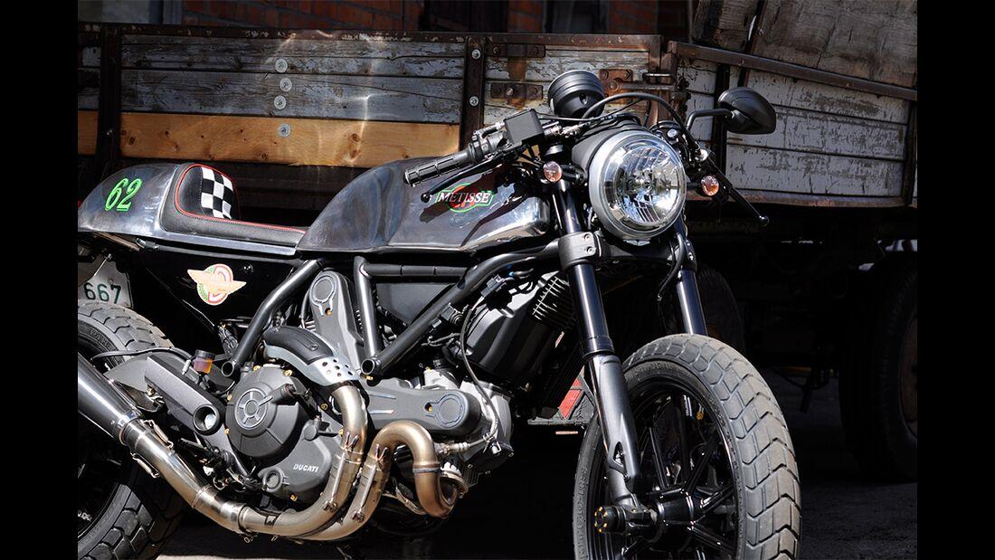 Metisse-Ducati CR 800 im Fahrbericht Scrambler-Umbau