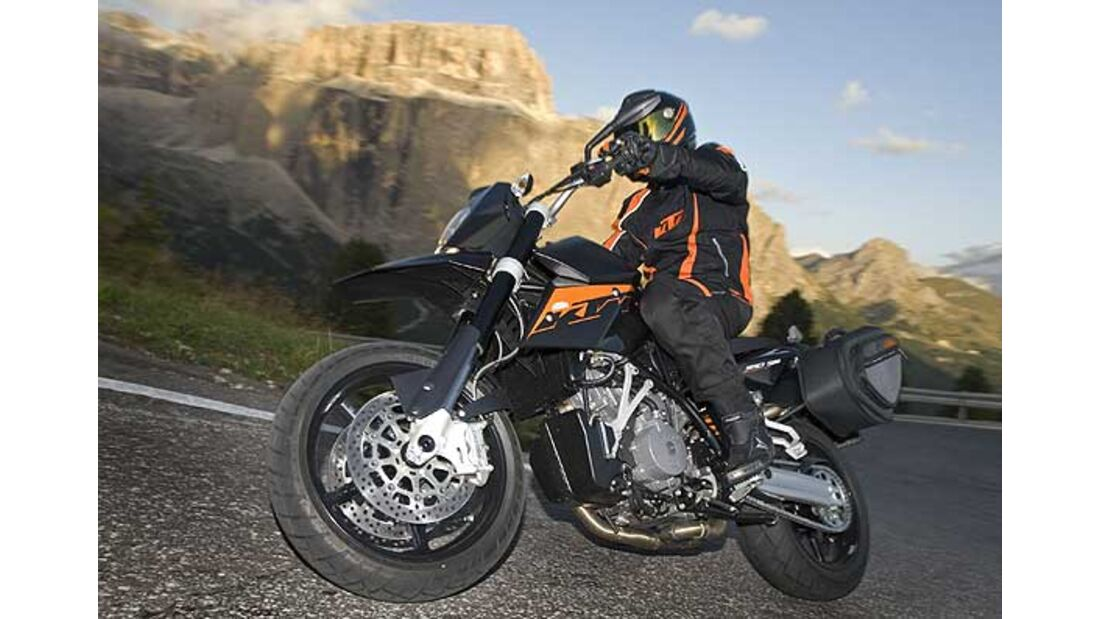 KTM 990 Supermoto R, Ducati Hypermotard und Husqvarna Nuda