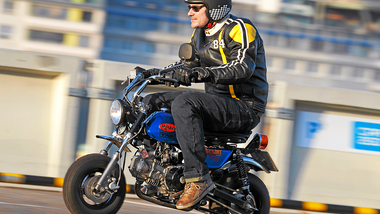 Tech Teams Monkey Garage-Honda Z 50 J1 im Fahrbericht