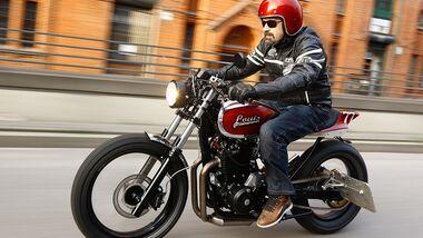 Honda Motorräder NX 650 Dominator aktuelle