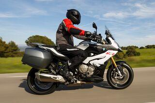 Bmw S 1000 Xr Im Fahrbericht Motorradonline De