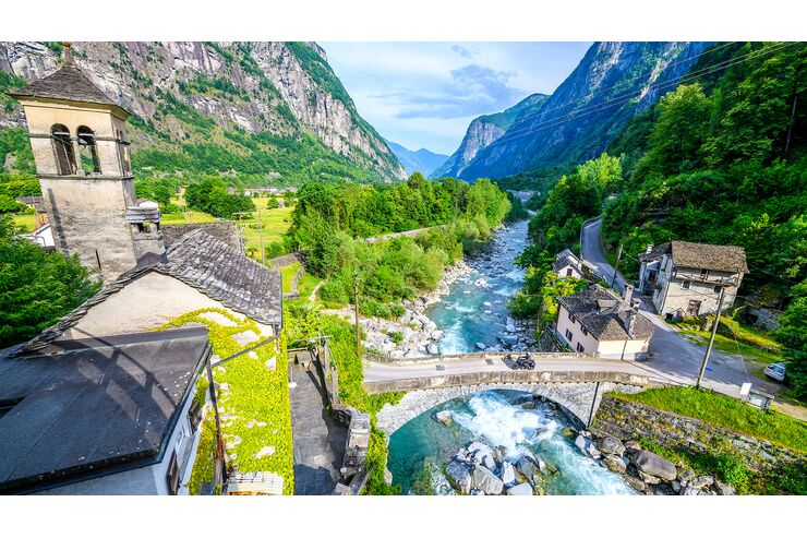 MOTORRAD-Tourentipp - Tessin: Der mediterrane Mix aus Bergen, Palmen und Seen