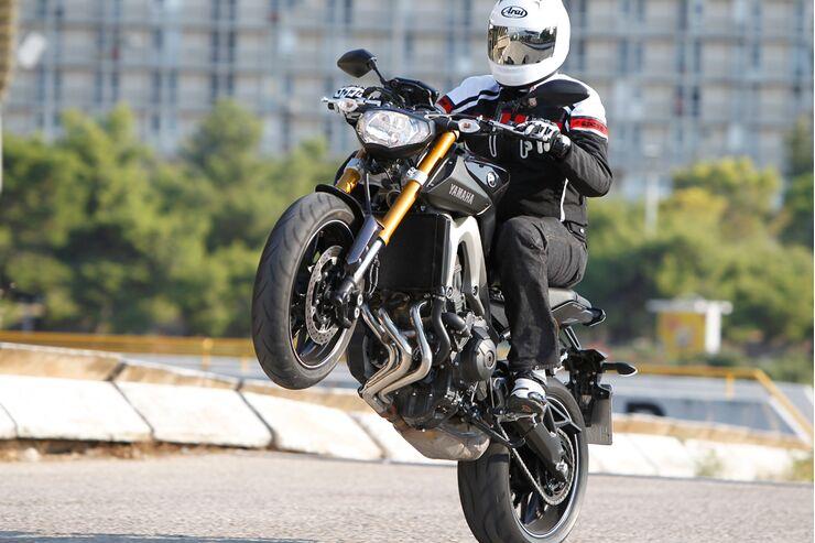 2020 Yamaha MT 09   Sloans Motorcycle ATV